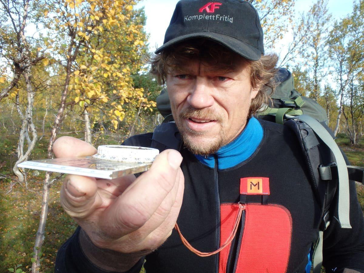 In Deutschland unbekannt, in Norwegen ist er ein Superstar der Outdoor-Szene. Lars Monsen in der nach ihm benannten Kollektion - hier das Polo Longsleeve - Anarjohka.