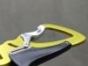 Edelrid Klettersteigset Cable Vario: Die Karabiner sind extrem leicht und flach
