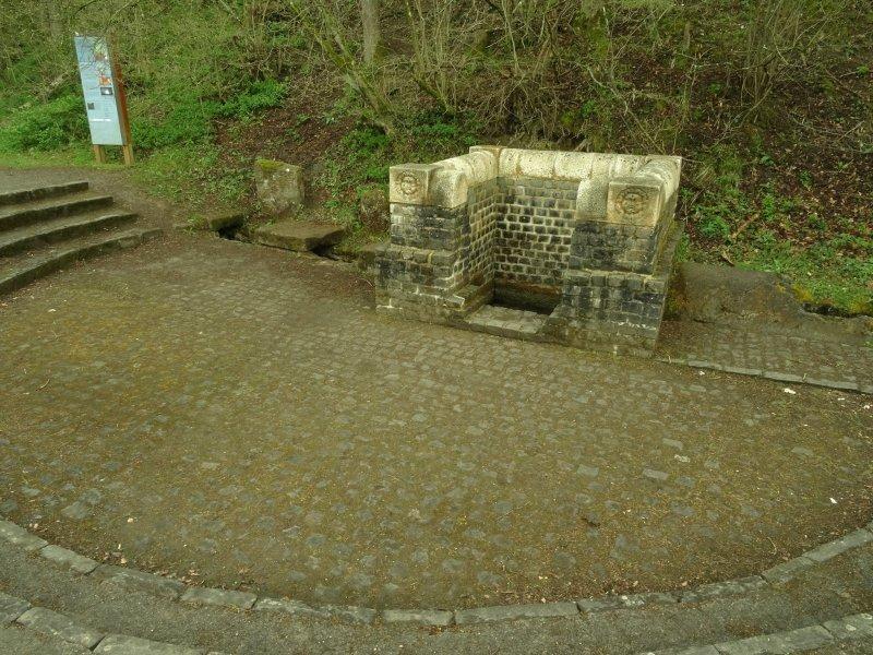 Grüner Pütz: Quelle und Römische Wasserleitung