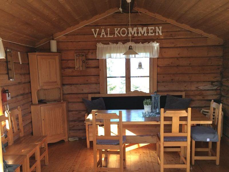Höga Kusten - Innenansicht einer Hütte