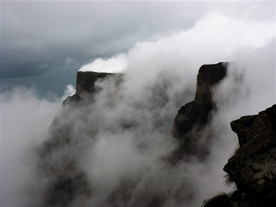 Wolken über dem Kliff