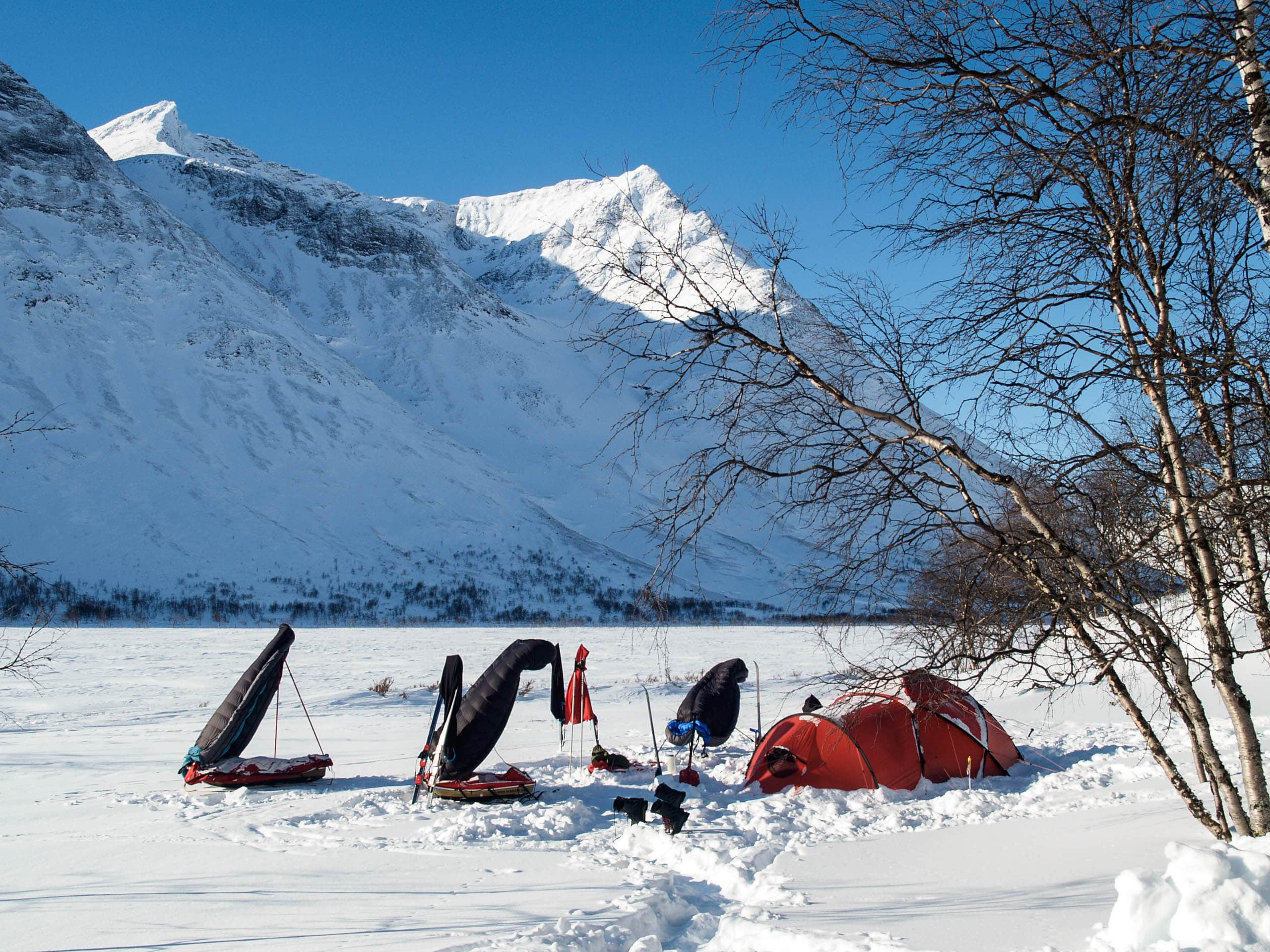 Immer schön den Schlafsack lüften! Foto: Wintertour Micha, Joh, Matthias