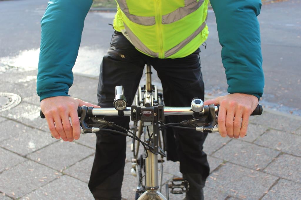 Kalte Finger beim Radfahren? Es wird Zeit für Handschuhe!