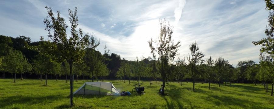 Wildcampen auf der Apfelwiese und die Ein Mann Polizei. Alle Bilder: privat