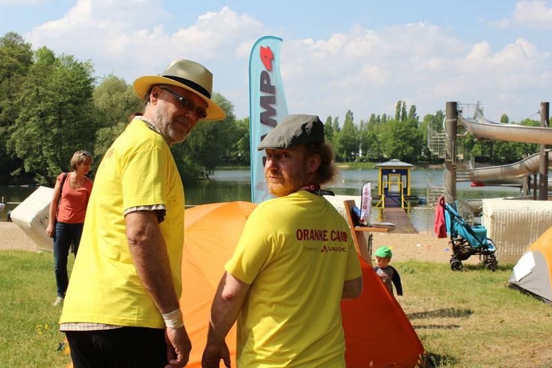 Orankecamp: Bei Sonnenschein, Hut dabei!