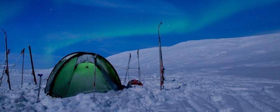 Zelt im Nordlicht