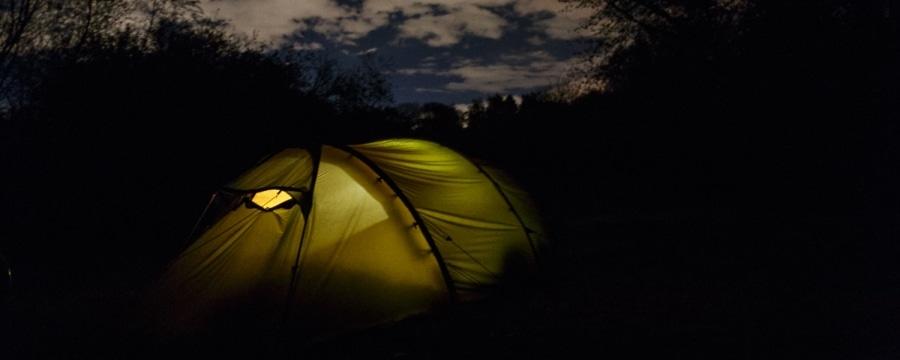 Erlebnisbericht: Die erste Zeltnacht mit Baby