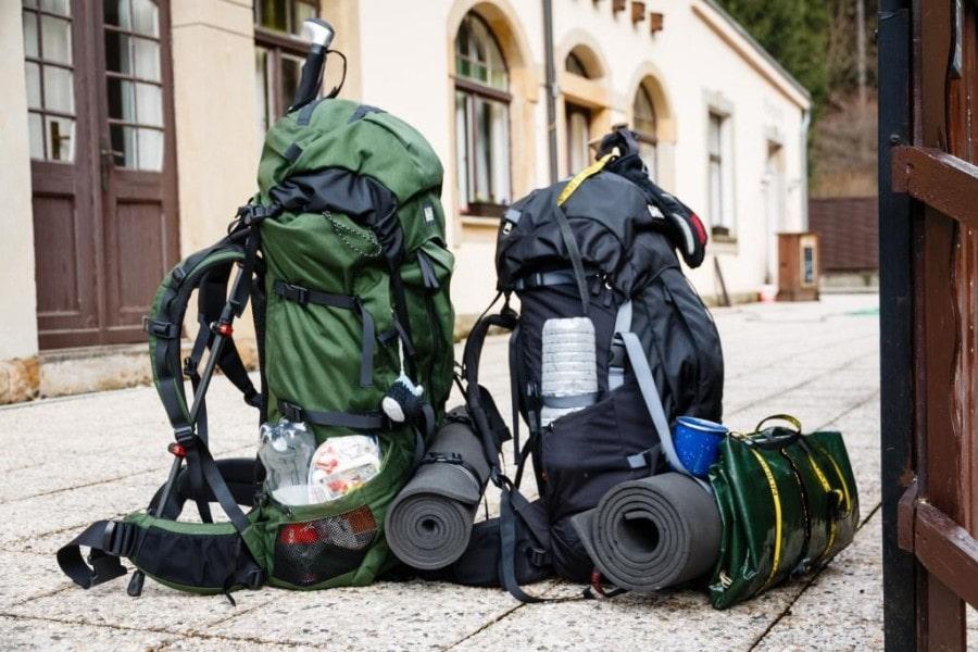 Trekkingrucksäcke - fertig gepackt