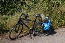Kleines Gepäck für die Radtour mit Tarp