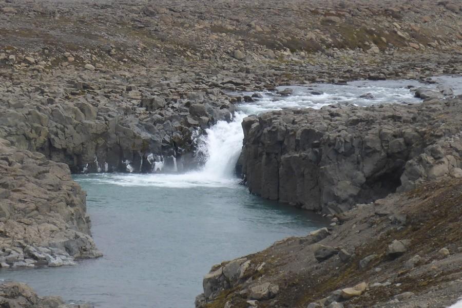 Den Wasserfall zu befahren war eigentlich nicht geplant ;-)