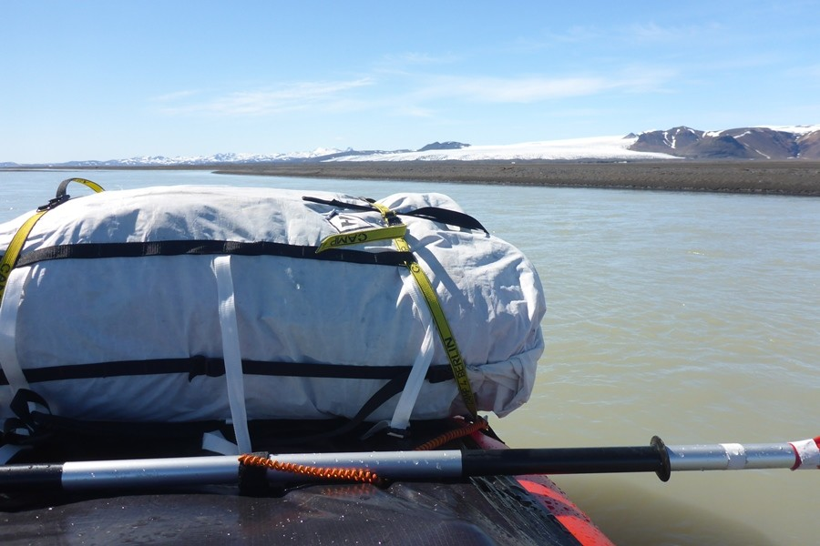Raftpacking in Island